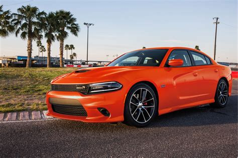 Image: 2017 Dodge Charger, size: 1024 x 682, type: gif