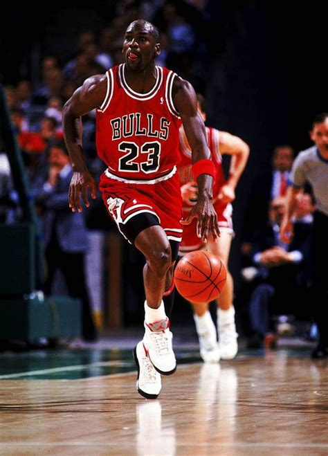 Poll // Could MJ Have Beaten LeBron In His Prime? | Sole