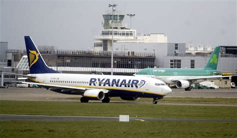 Aer Lingus And Ryanair Jet Avoid Collision At 22,000 Feet