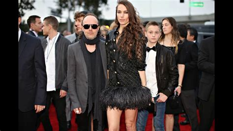 lars ulrich and his wife Jessica Miller - YouTube