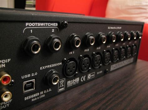 Review of the Line 6 UX8 digital audio interface : The UX